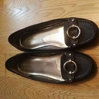 black Calvin Klein leather loafers - size 7