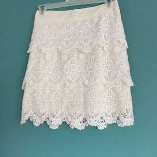 Lace Fitted Skirt