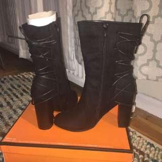 Gorgeous Black Boot