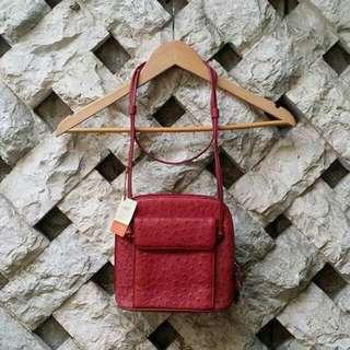ユキベルファム (Yuki Belle Femme) Sling Bag