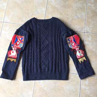 Sweater X Jeans