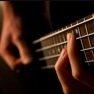 Basic To Intemediate Guitar/Bass Lessons