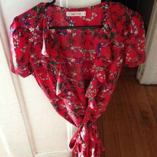 Gorgeous Red Summer Floral Wrap Dress Size 8 WHOIAM brand RRP $80