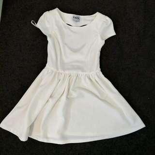 Saboskirt White Heart Dress