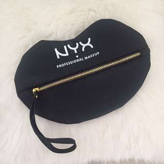NYX POUCH