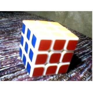 Rubik's Cube 3x3 or 4x4