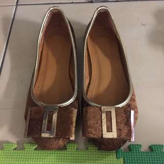 Brown Flat Shoes