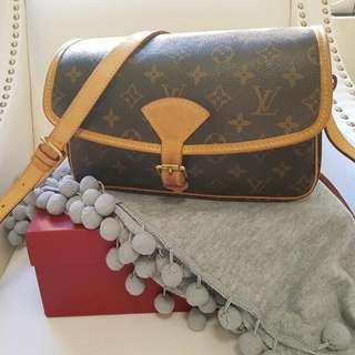 Louis Vuitton Sologne bag
