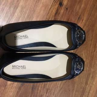 MK Michael Kors Brand New Size 7 /37 Flat Shoes