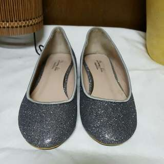 #換物最划算 灰色亮片平底鞋 實品非常亮跟相片差很大