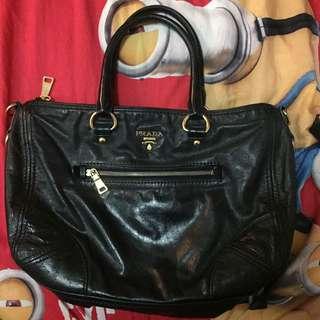PRADA Vitello shine black leather bag