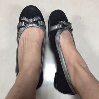 AEROSOLES Suede Black Ballet Flats with Silver Accent