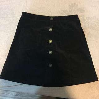 黑色排釦燈芯絨A字裙