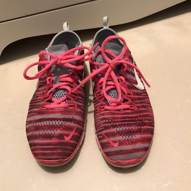 🔸[ Nike ] Nike free TR flyknit 5.0 慢跑鞋