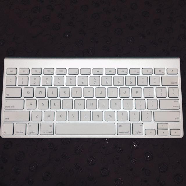 Authentic Apple Wireless Keyboard
