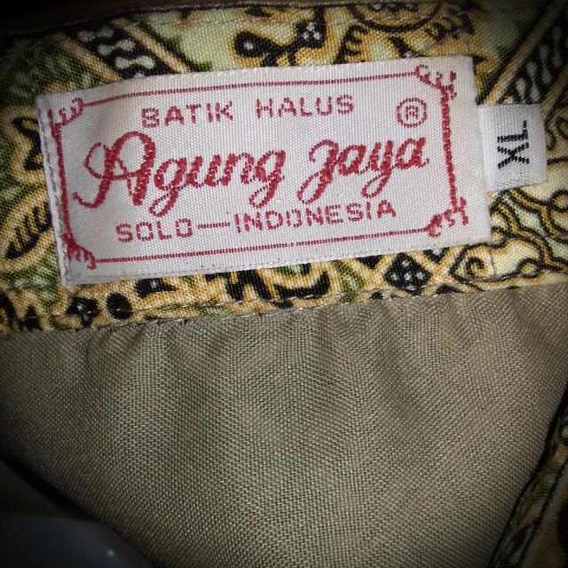 Batik Halus Solo Long Sleeve + Free Ongkir (Jabodetabek)