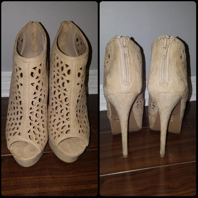 "Beige 4"" Heels With Cut Out Design"