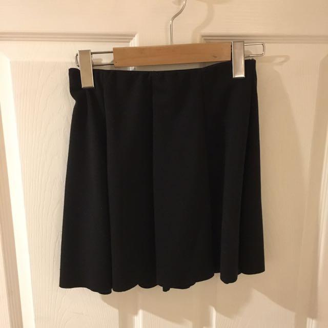 Black Brandy Melville Skirt