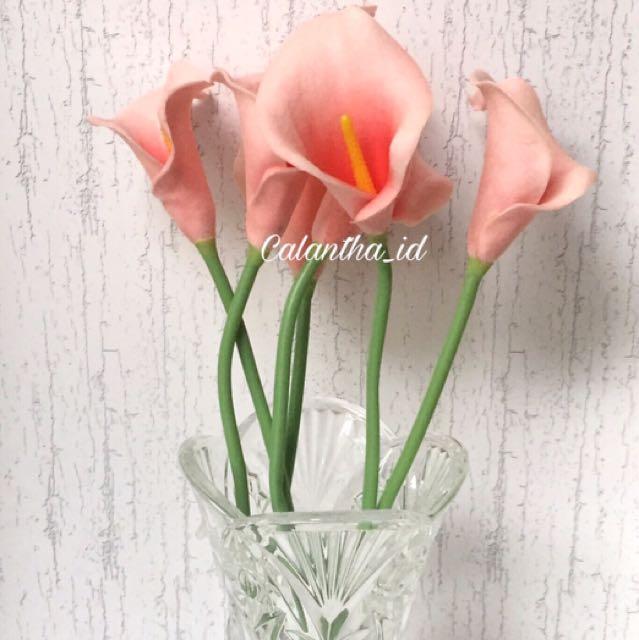Bunga Palsu Calla Lily Coral f250138639