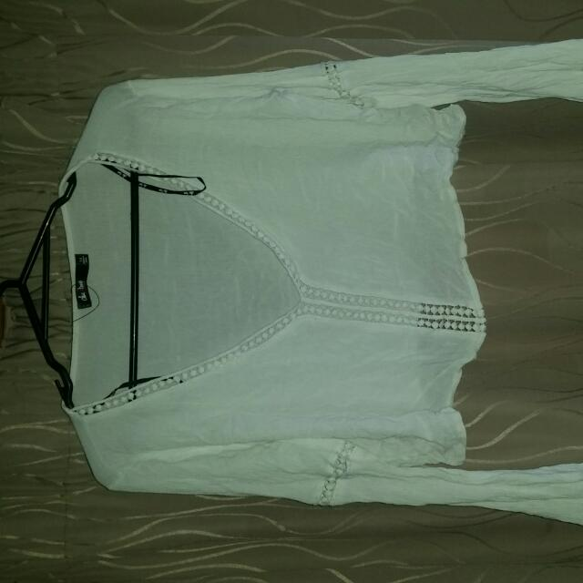 Chicabooti Long Sleeve Crop Size 14