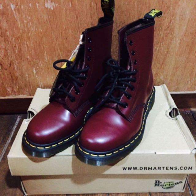 Dr. Martens Shoes CHERRY RED ROUGHE