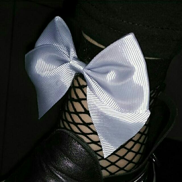 Fishnet Socks Ribbon