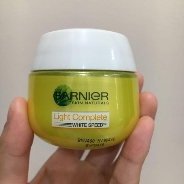 Garnier Light Complete White Speed