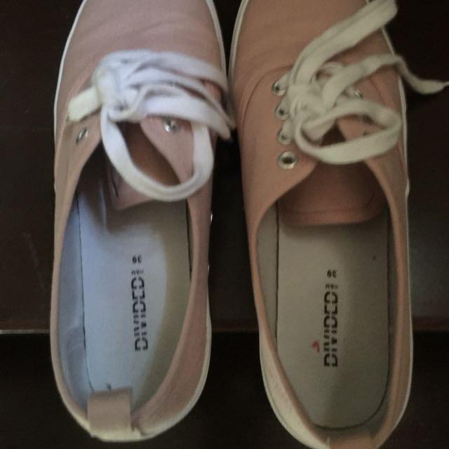 H&M Pink Sneakers