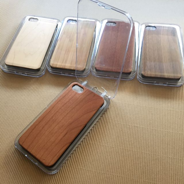iPhone Wood Cases