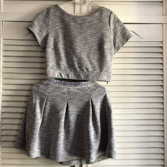 Just G (Top and skirt set)