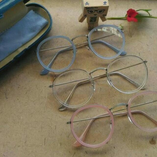Kacamata Oval Vintage