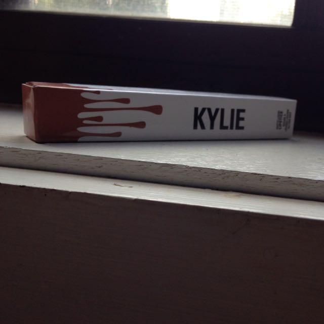 Kylie Cosmetics So Cute Matte Liquid Lipstick Replica