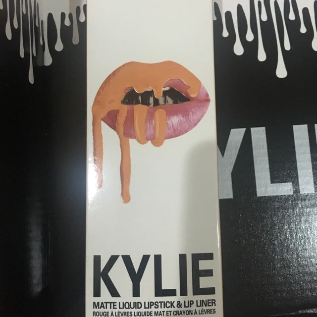 Kylie Matte Lipkit - Exposed