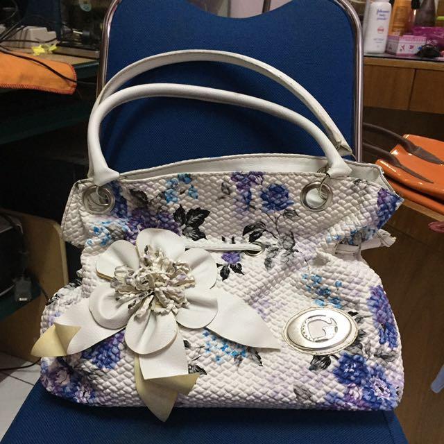 Lylac Floral Shoulder Bag