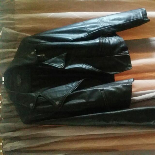 MIROU BLACK LEATHER JACKET Size 12