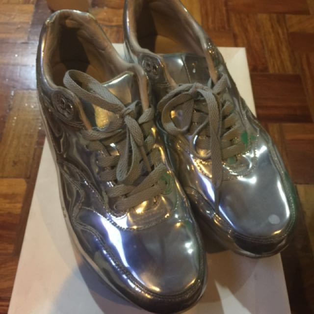 Nike Airmax Sneakers Rubber Shoes Liquid Silver Sz 10.5
