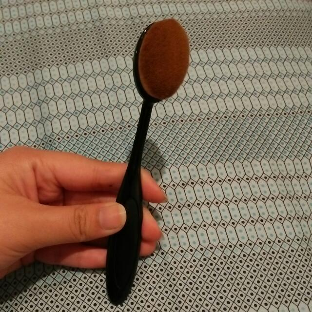 Oval Brush No Brand