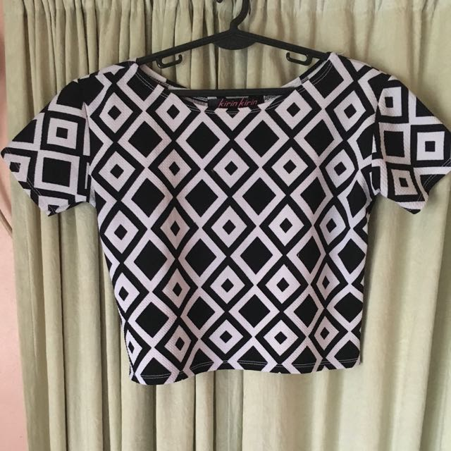 Patterned Cropped Top