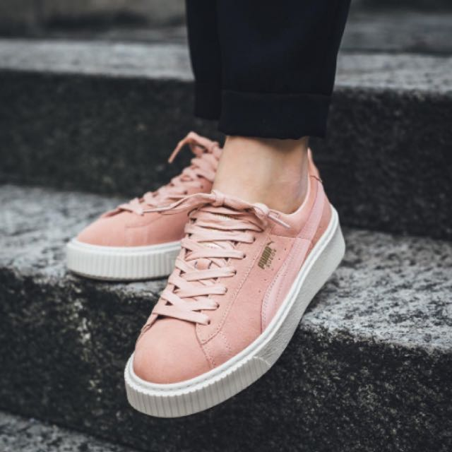 new product 811fd 61a2b Puma Suede Platform Satin In Coral pink on Carousell