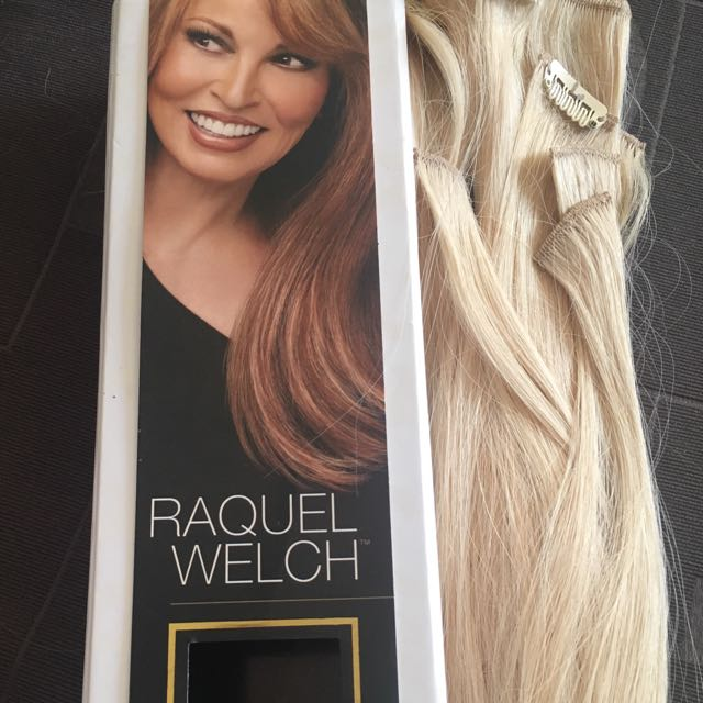 """Raquel Welch 18"""" Clip-in Hair Extensions"""