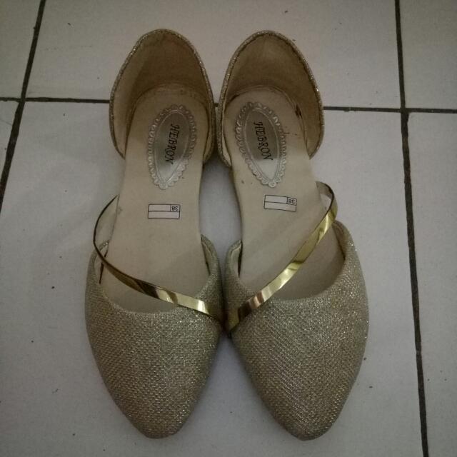 Sepatu Flat Gliter Gold