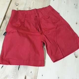 Hot Pants Merah