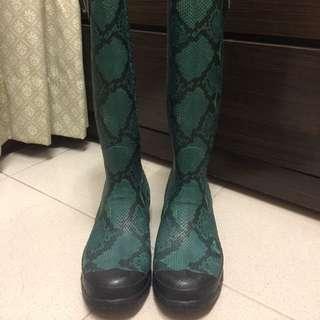 Hunter綠色蛇皮紋雨靴