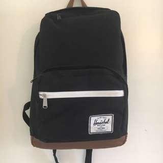 Herschel Backpack - Black