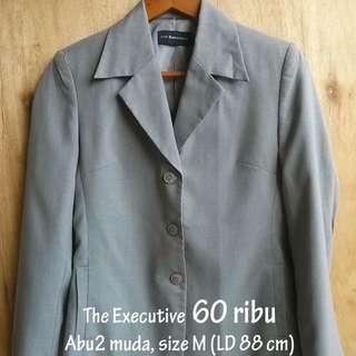 The Executive Blazer Wanita size L