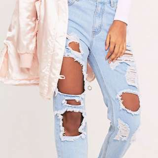 Ripped Mom Denim Jeans
