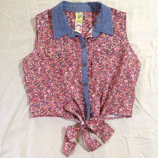 Folded & Hung Cropped Floral Top