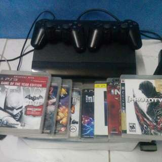Ps3 Super Slim 350gb With 2 Controllers And 8 Games