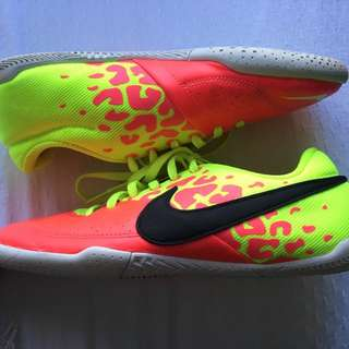 Nike Youth Indoor Football / Soccer / Sport Shoes