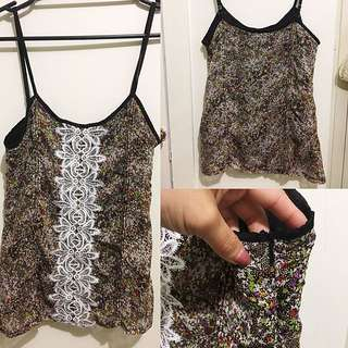 Floral Singlet With Zipper